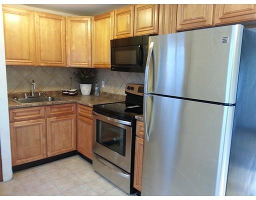 986 Washington St #APT 2, East Weymouth MA 02189