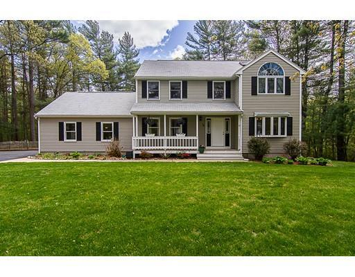 14 Harvey St, Norton MA 02766