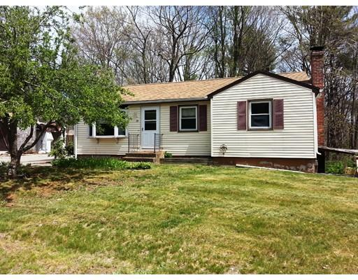 29 Holly St, Oxford MA 01540