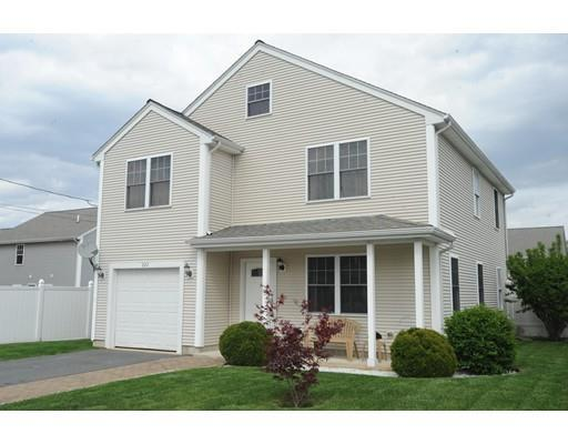 222 Reeves St, Fall River MA 02721