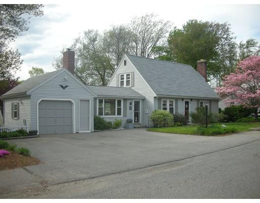 51 Gilbert Rd, East Weymouth MA 02189