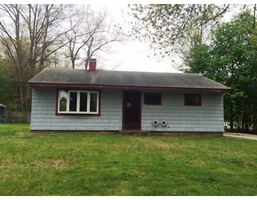 7 Colonial Dr, Holden MA 01520