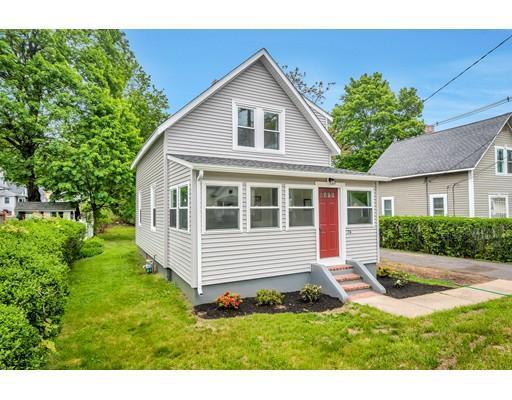 74 Kendall Ave, Framingham MA 01702