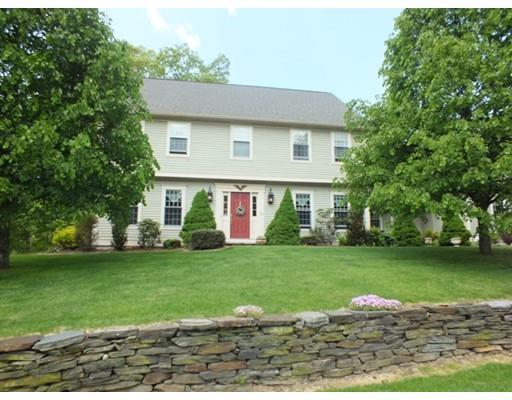 32 Sturbridge Ln, East Longmeadow, MA