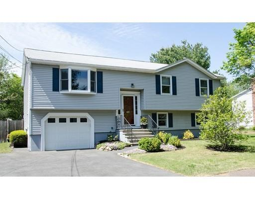 7 Robb Rd, Beverly, MA