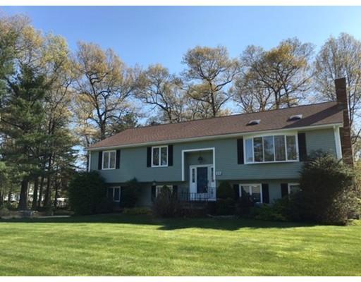 117 Bramblebush Rd, Stoughton, MA