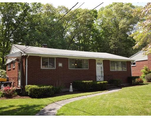 80 Whiting Ave, Whitman MA 02382