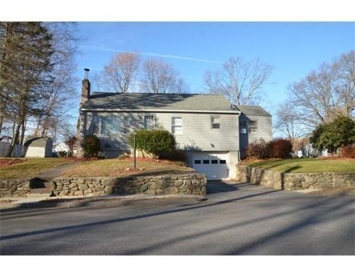21 Tamar Ave, Worcester, MA