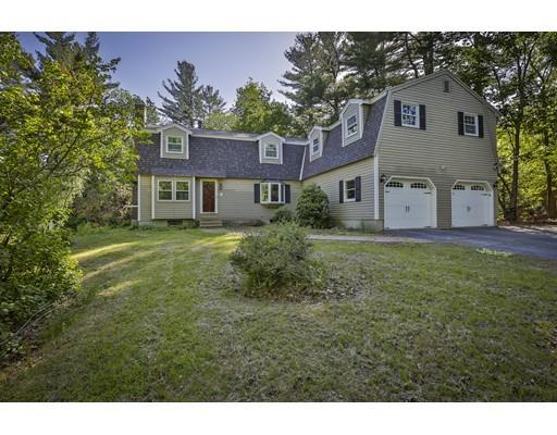 2 Overledge Dr, Derry, NH 03038