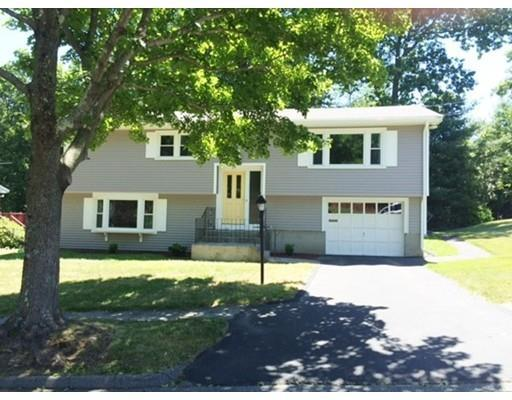 17 Mercury Dr Worcester, MA 01605