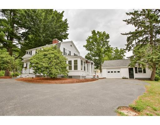 22 Kensington Rd, Hampton Falls, NH 03844