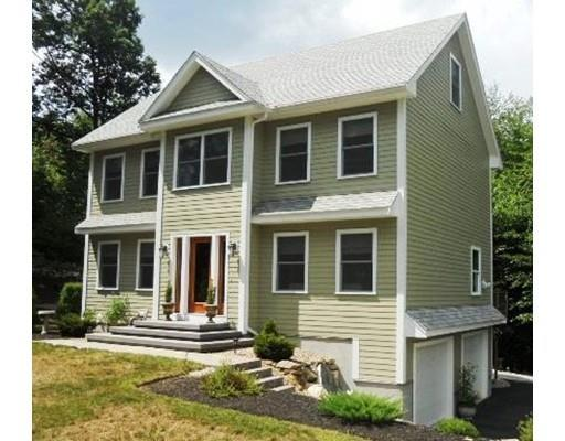 12 Alexis Ln, Sandown, NH 03873