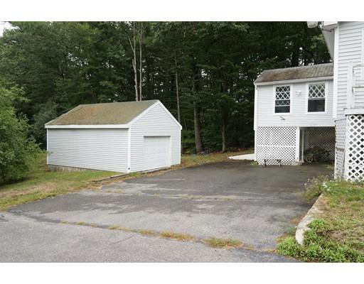 5 Wadleigh Point Road, Kingston, NH 03848