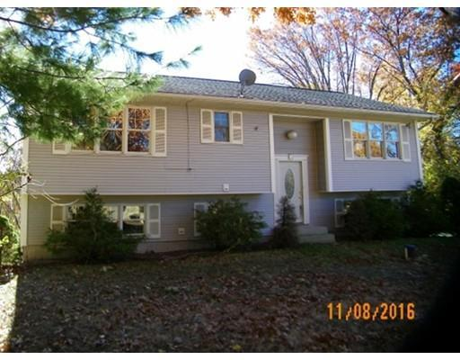 43 Russell St, Ludlow, MA 01056