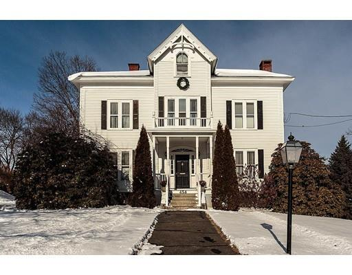 454 Andover St, Lowell, MA 01852