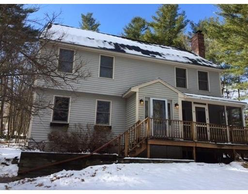 91 Hovey Rd, Londonderry, NH 03053