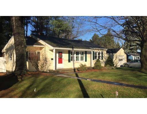 39 Stoneleigh RdHolden, MA 01520