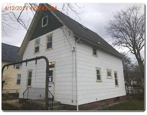 15 Elder Pl, Providence, RI 02909