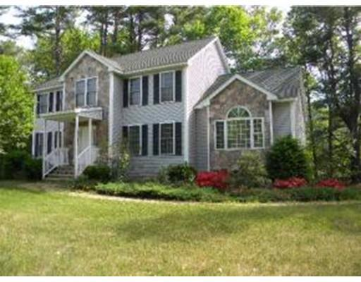 4 Elephant Rock Rd, Seabrook, NH 03874