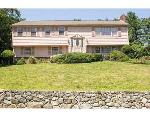 40 Hillcrest Rd, Medfield, MA 02052