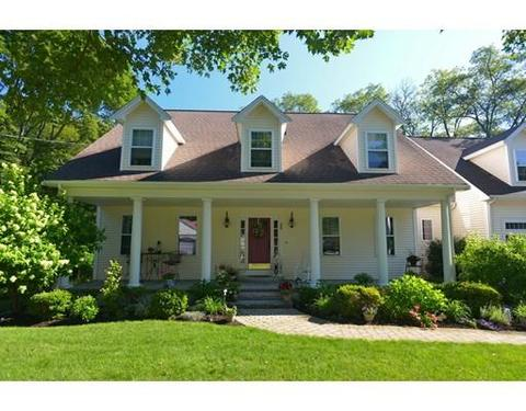 38 Cleveland Ave, Franklin, MA 02038