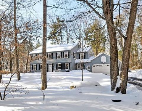 14 Phillips Dr, Westford, MA 01886