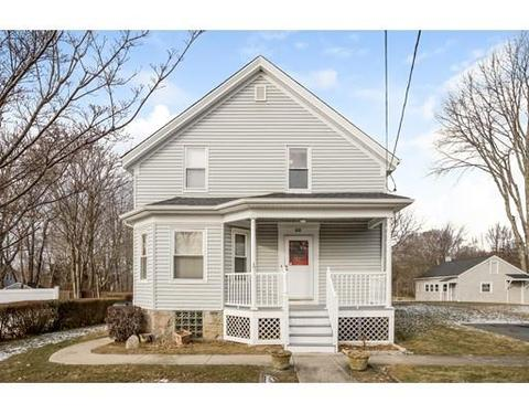 782 Meridian St, Fall River, MA 02720