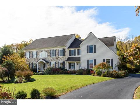 1052 Tyler Dr Newtown Square PA 19073