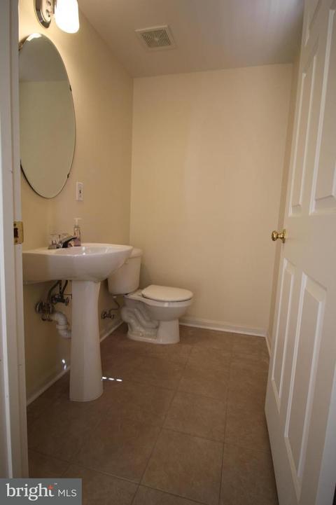 Madison Watch Way Falls Church VA Photos MLS - 30 sq ft bathroom