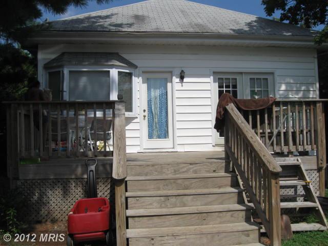 811 Chesapeake Ave, Annapolis MD 21403