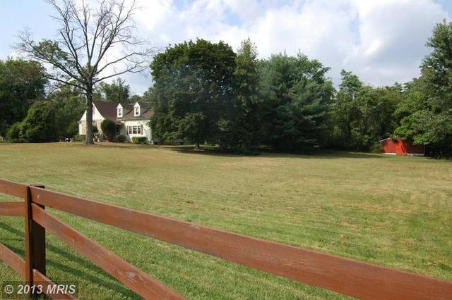 1380 Odenton Rd, Odenton, MD 21113