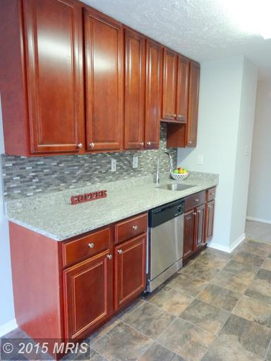3393 Littleton Way #APT 1e, Pasadena, MD