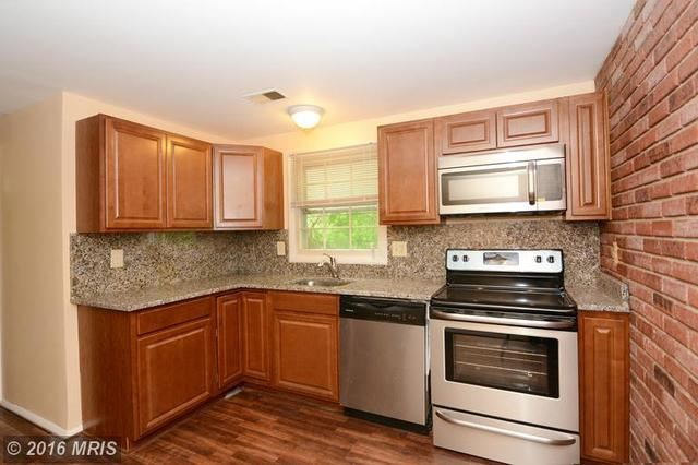 1325 Chapelview Dr, Odenton MD 21113