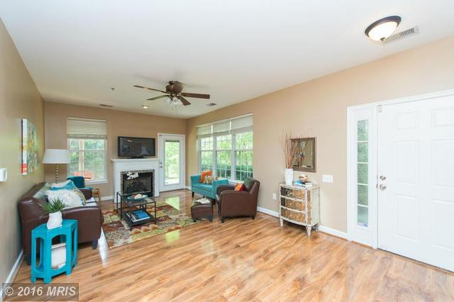 8660 Willow Leaf Ln, Odenton MD 21113