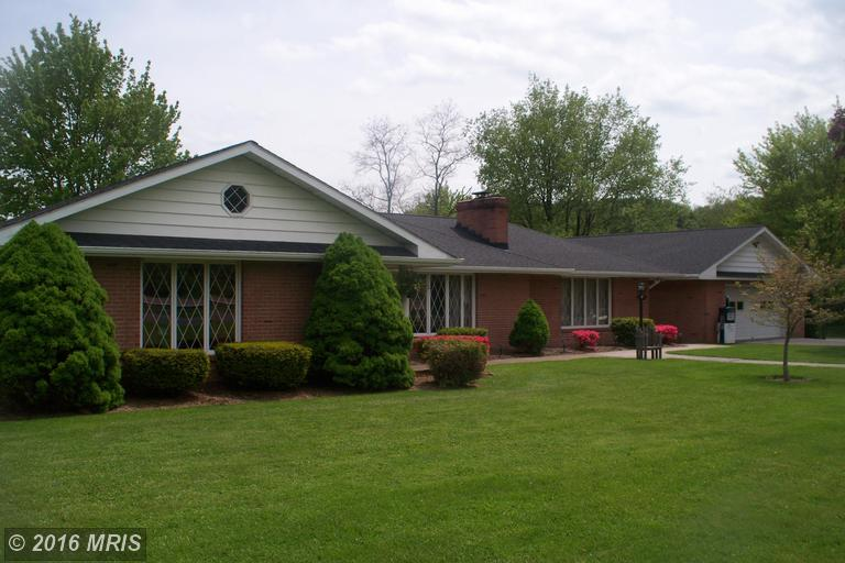 11708 Old Legislative Rd, Frostburg MD 21532