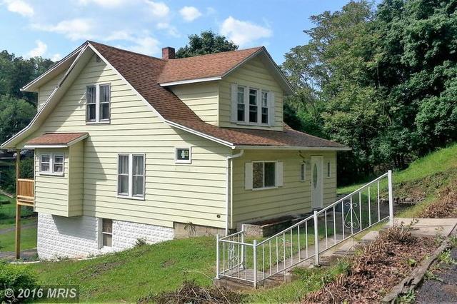 912 Shades Ln, Cumberland, MD
