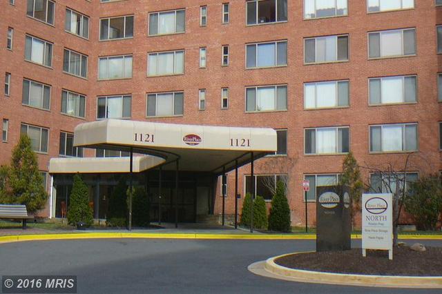 1121 Arlington Blvd #906, Arlington, VA 22209
