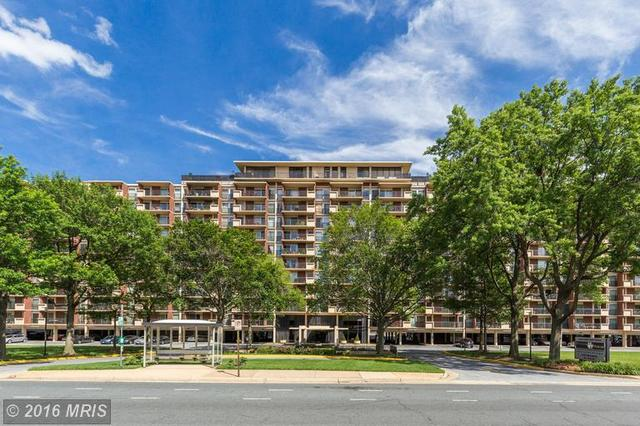 1300 Army Navy Dr #730, Arlington, VA 22202