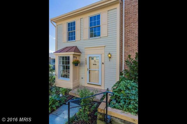 5033 9th St S, Arlington, VA 22204