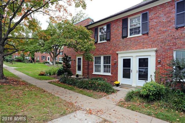 1401 Edgewood St S #476, Arlington, VA 22204
