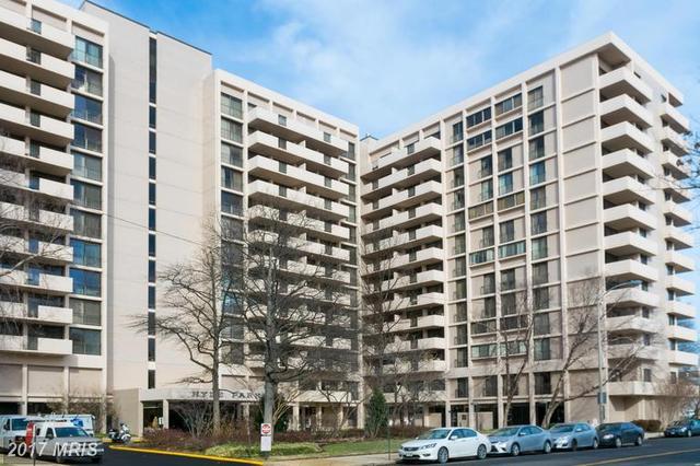 4141 Henderson Rd #402, Arlington, VA 22203