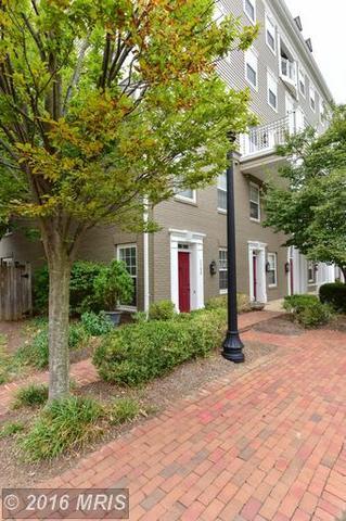 1300 Roundhouse Ln #43, Alexandria, VA 22314