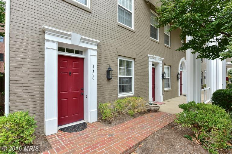 1300 Roundhouse Lane #43, Alexandria, VA 22314