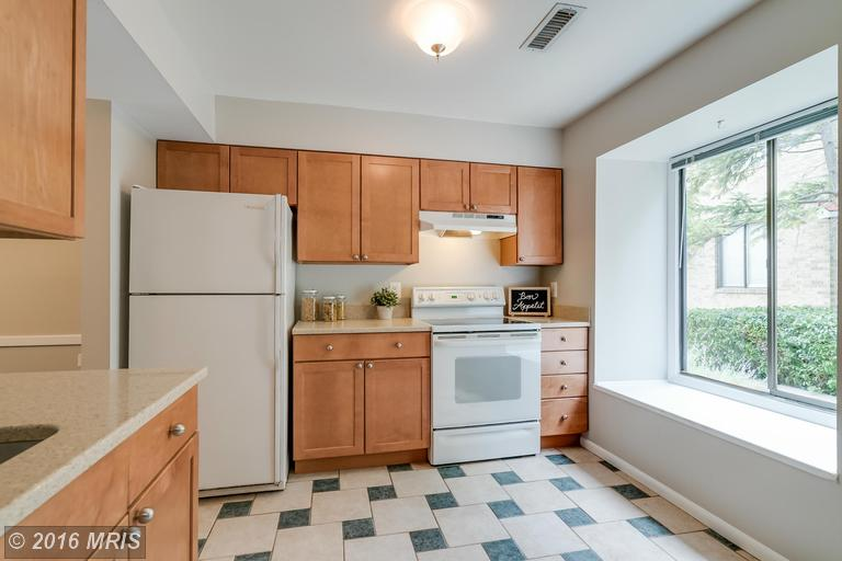 1675 Kenwood Avenue, Alexandria, VA 22302