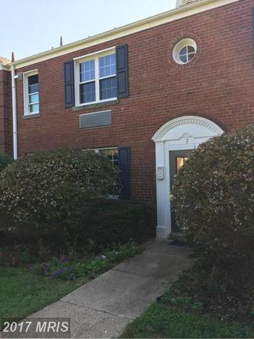 7 Auburn Ct #A, Alexandria, VA 22305