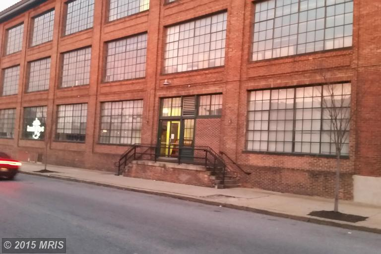 902 Milton Ave, Baltimore, MD