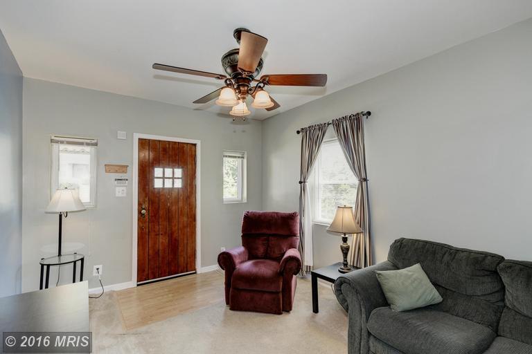 2913 Rosalie Ave, Parkville, MD