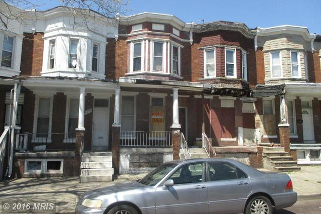 2036 Robb St, Baltimore MD 21218
