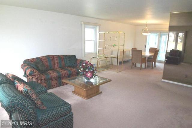 8814 Church Ln, Randallstown, MD 21133