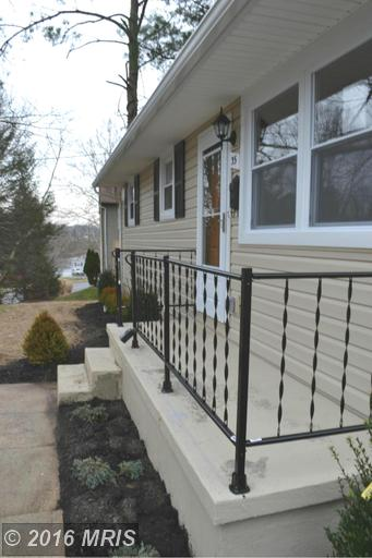 35 Ritters Ln, Owings Mills, MD